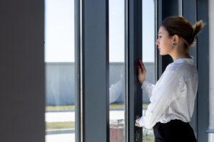 Kje lahko najdemo avtomatska steklena drsna vrata?