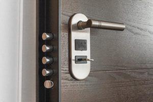 ALU vhodna vrata so znana po visokem varnostnem standardu
